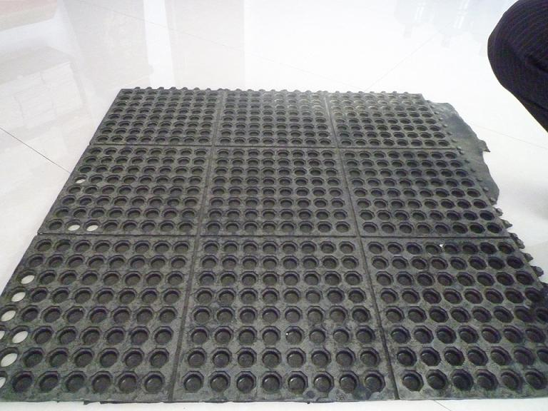 Rubber Impermeable Mats