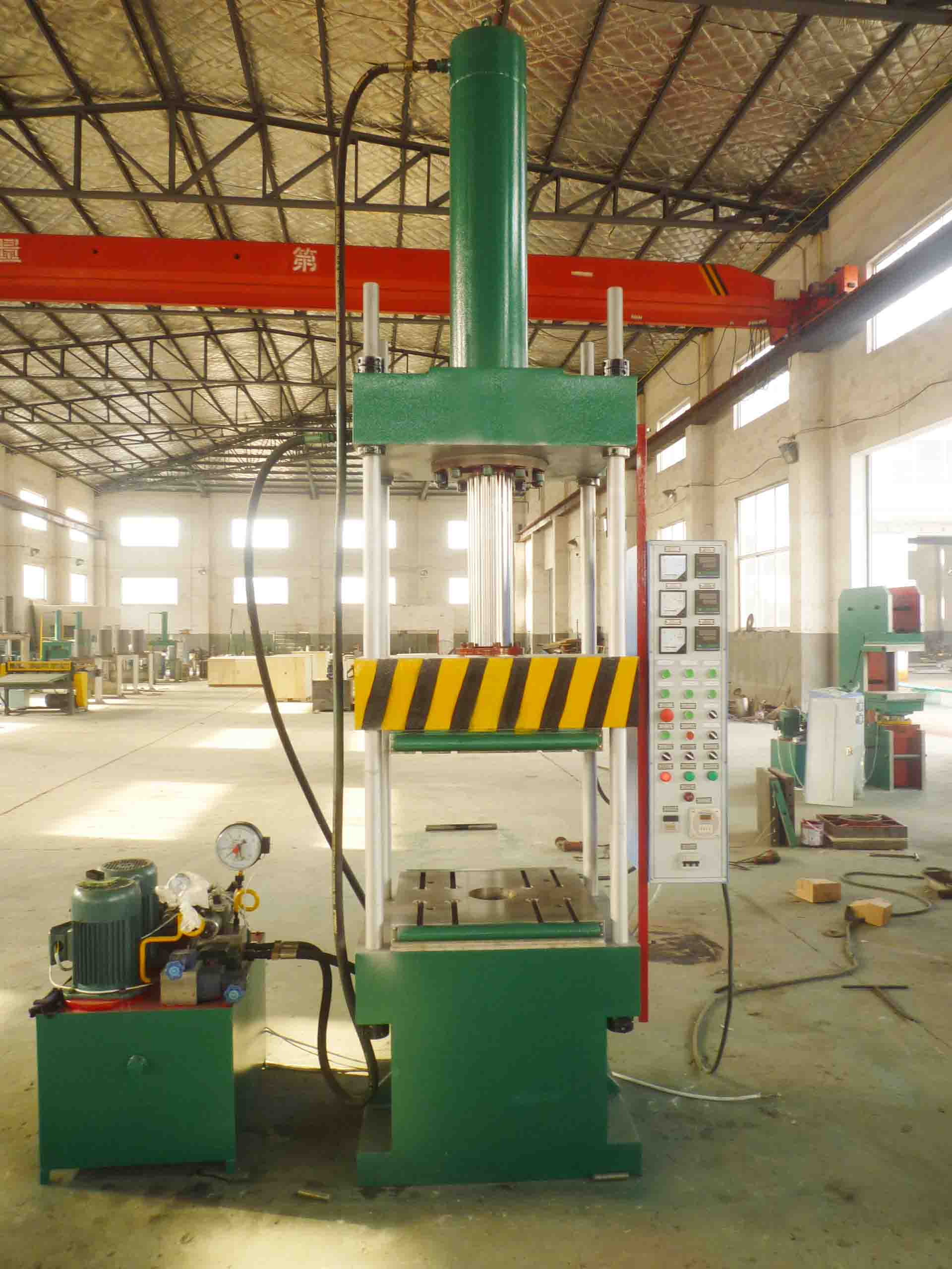 XLB-560x560x1/0.63MN  Four-Column Hydraulic Press